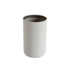 Gobelet en plastique gris mat